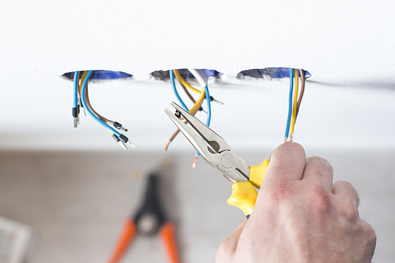 Domestic Electrician Courses in Reading Berkshire