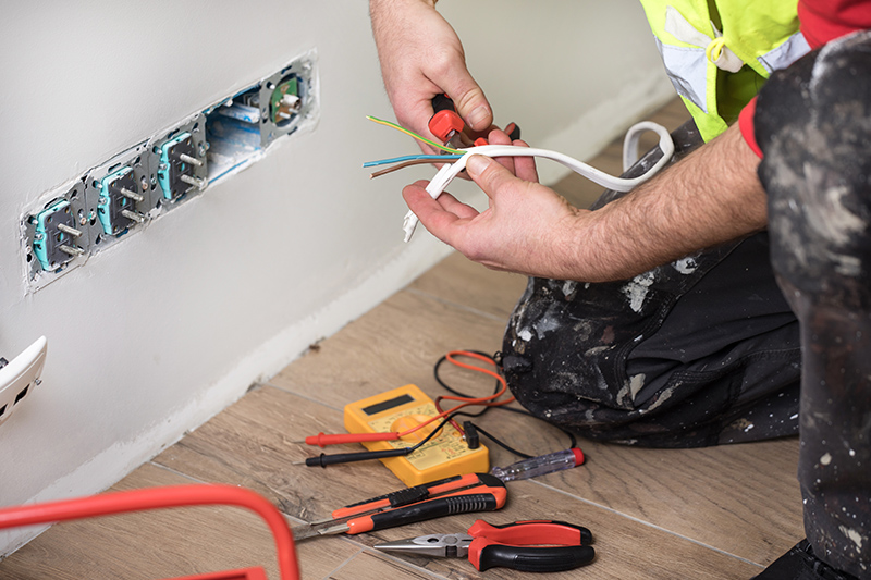 Emergency Electrician in Reading Berkshire